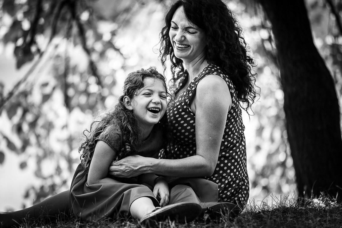 Fotografie de maternitate Bucureşti Parc Naţional Carmen - Mihai Zaharia Photography
